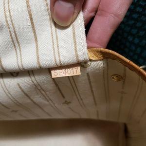 Louis Vuitton Bags - Louis vuitton neverfull pm